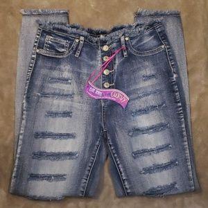 New curvy fit jeans. Sz 9/10